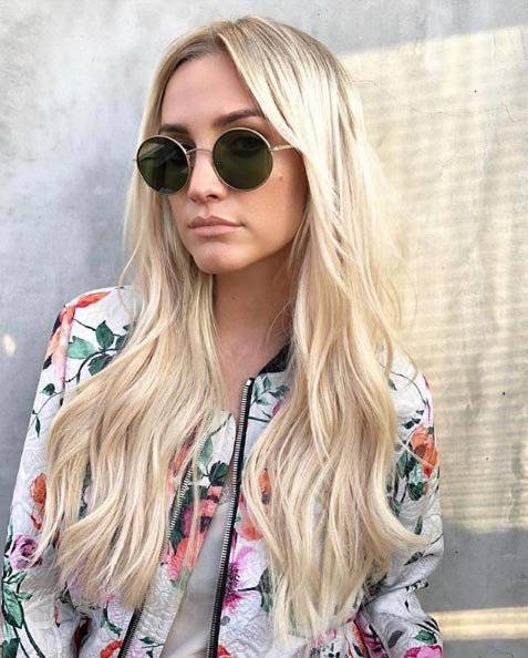 Creamy blonde hair extensions